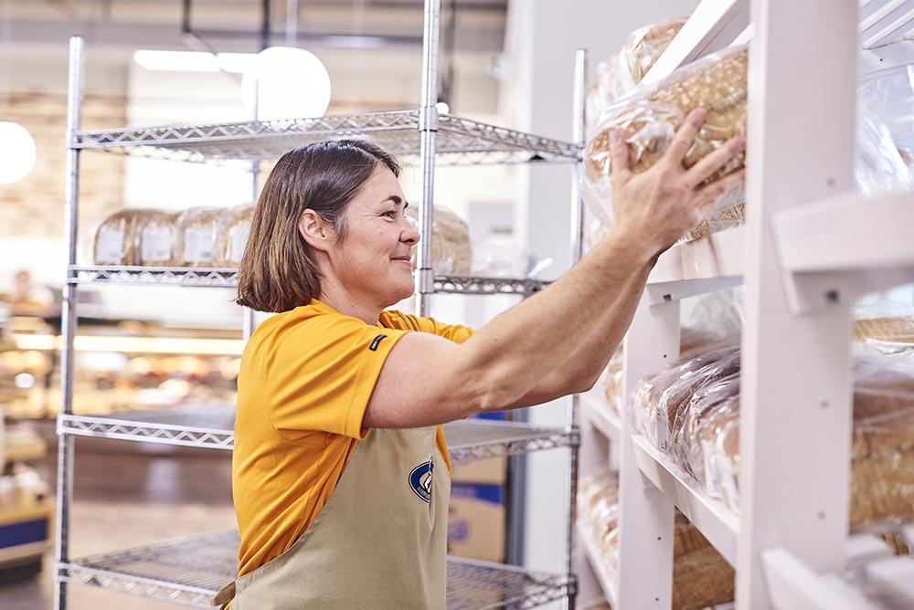 Stocking bread